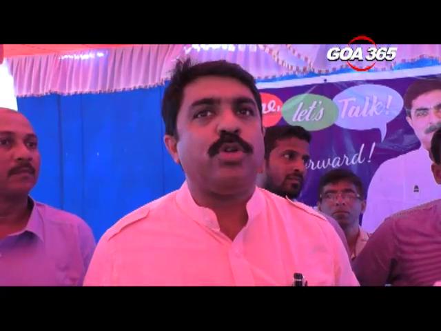 Vijai assures constituents of solving problem at Darbar