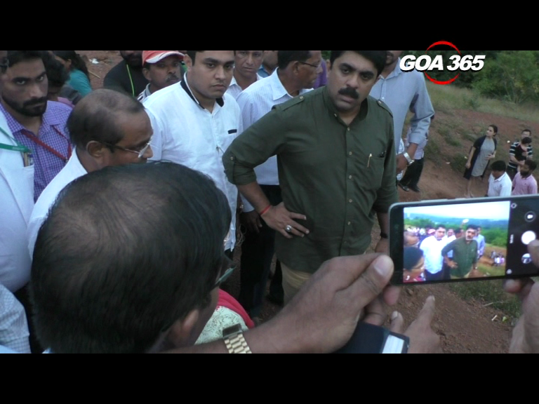 Vijai gives go-ahead for  road at Chapora fort  with modifications