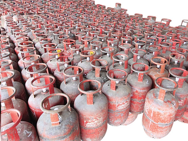 Weigh your gas cylinders, warns NGO